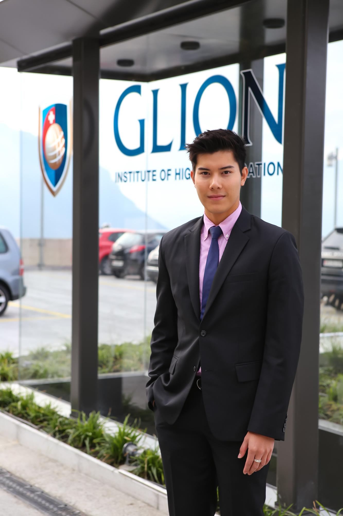 นักเรียนอังกฤษผู้ตกหลุมรักสวิส MBA Glion